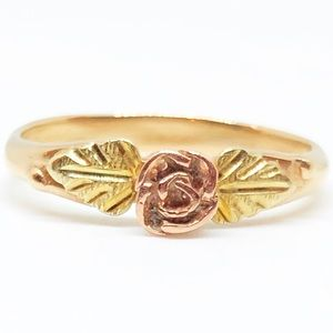 10k Yellow Gold Black Hills Gold Rose & Leaf Ring